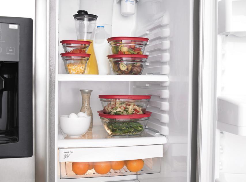 how to maintain a clean fridge